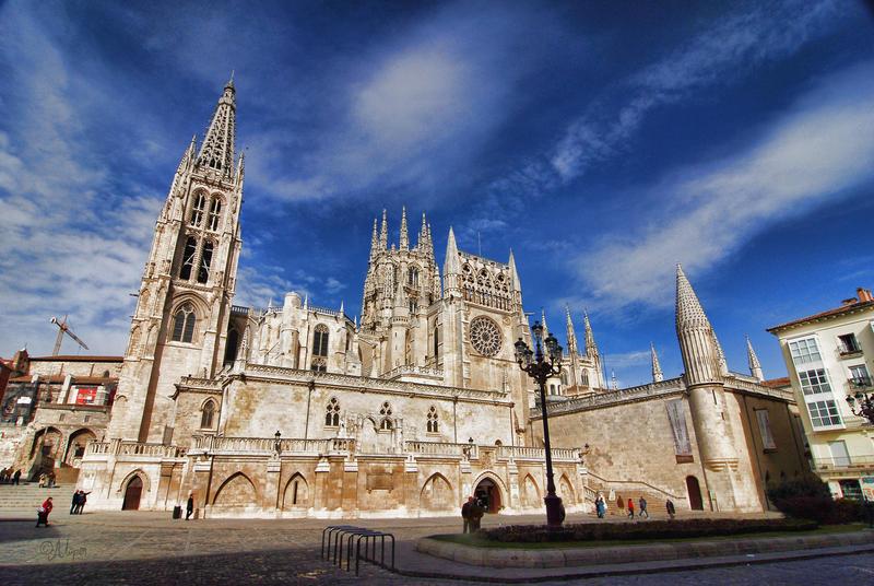 Catedral burgospedia la enciclopedia del conocimiento for Significado de exterior